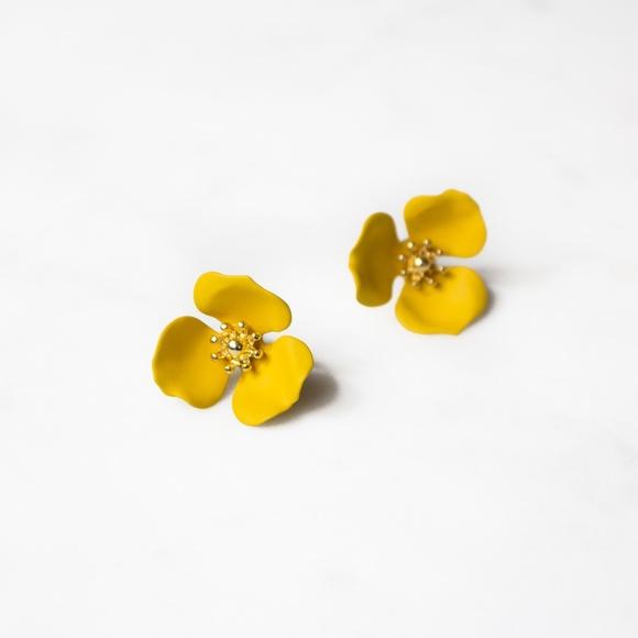 Zenzii jewelry anthropologie dogwood flower earrings by poshmark anthropologie dogwood flower earrings by zenzii mightylinksfo